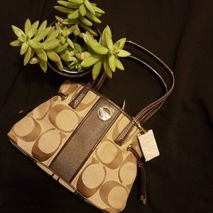 💘👜BRAND NEW W/TAGS AUTHENTIC COACH PURSE💘👜